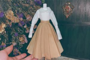 给自己心爱的娃娃制作一条简单的复古半身裙