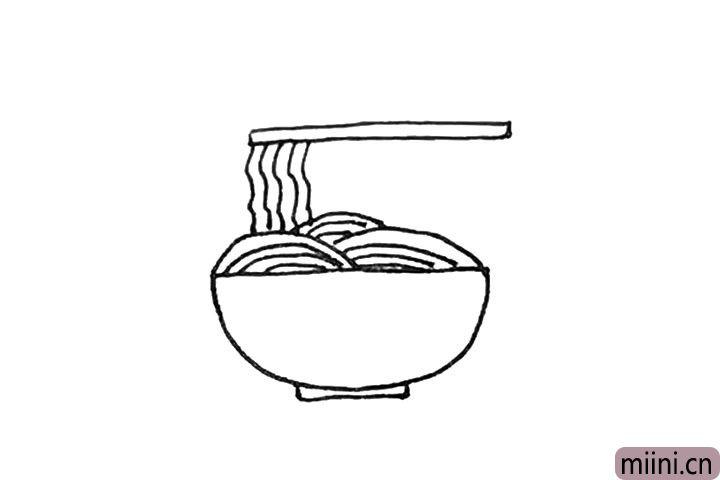 第五步:上面画上一个长条的形状作为筷子。