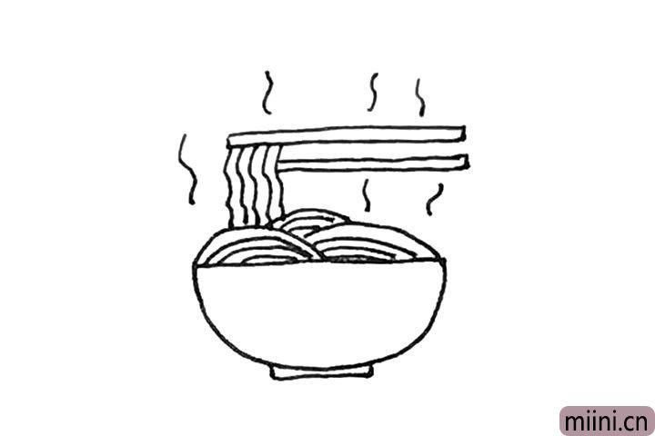 第七步:旁边,可以画上一点短的波浪线作为热气的感觉。