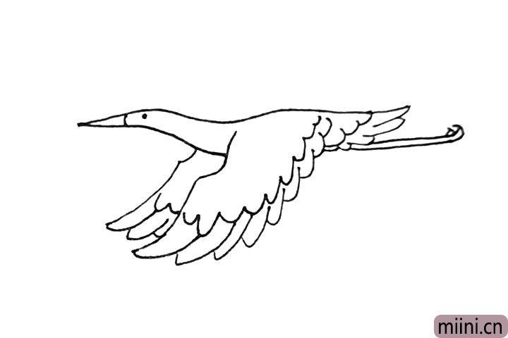 第八步:接着在尾部,横过来两条线加上爪子作它的脚。