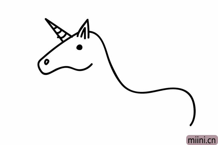 2.画出独角兽独特的角、眼睛和鼻孔。