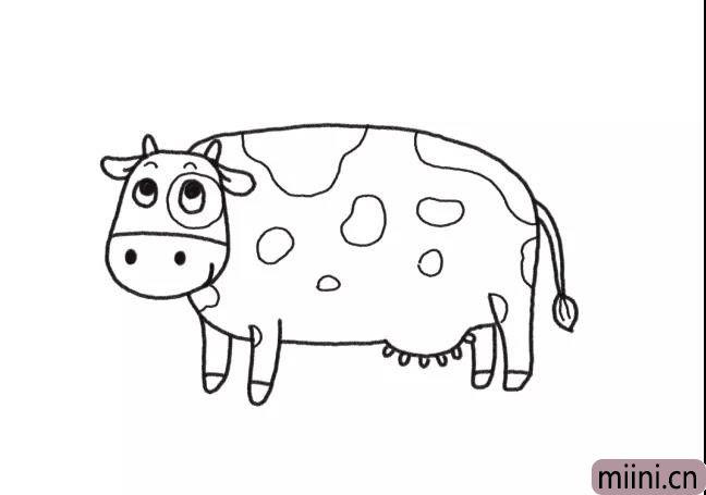 4.画上奶牛身体上的花纹。
