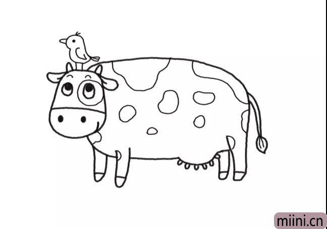 5.在奶牛头顶上画一只小鸟。