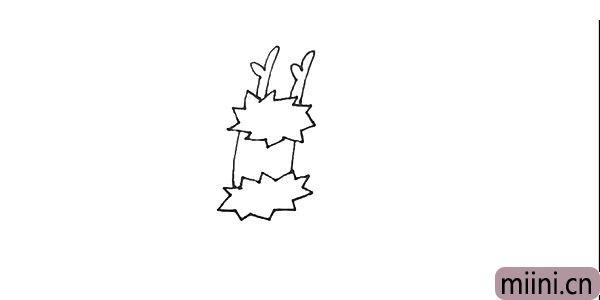 第二步:中间用两条竖线连接起来后,在上面画上龙的角,注意形状。