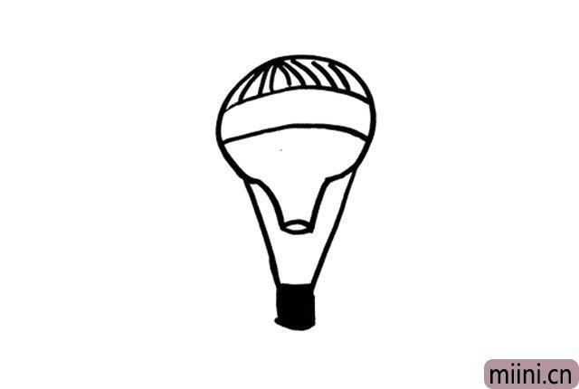 4.在热气球的下方画出降落伞吧!现在的热气球是不是已经十分形似了呢?
