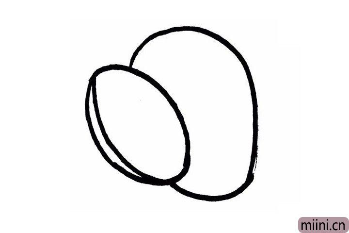 3.在切开一半的猕猴桃后面,还可以再画上一个椭圆形,是另一个猕猴桃!