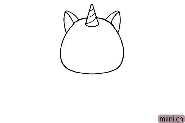 3.接着画两只大大的耳朵。
