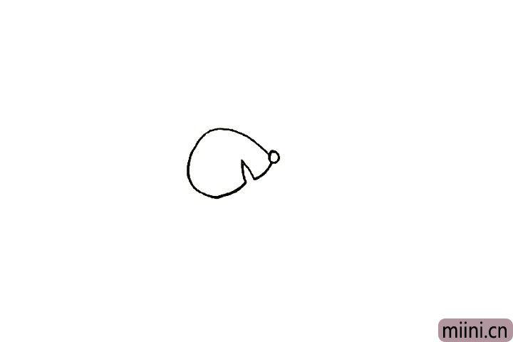 3.然后我们画出松鼠尖尖的嘴巴。