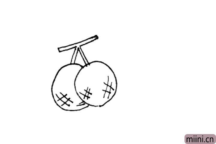 """第三步:然后圆形里面画上几个""""#""""纹作为纹样。"""