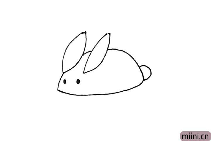 第三步:再点上两个眼睛,并画上圆圆的耳朵。