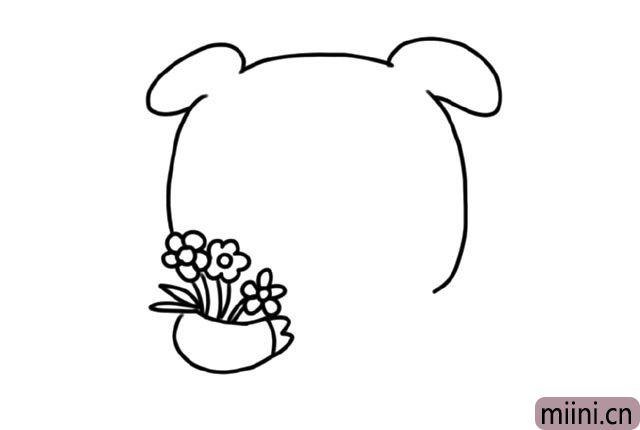 2.画出小猪的一只手, 小猪的手里还捧着几朵鲜花。