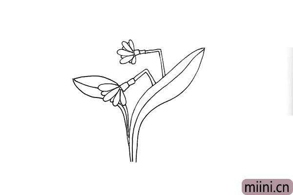 第七步:接着我们在叶子中间画出它的纹理。