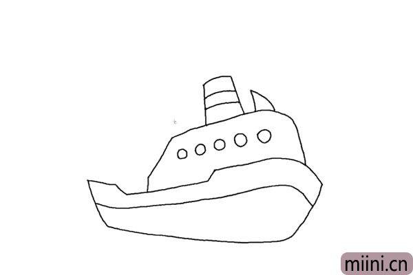 3.梯形的烟囱。加上两条横线。再给轮船加上圆圆的窗户。