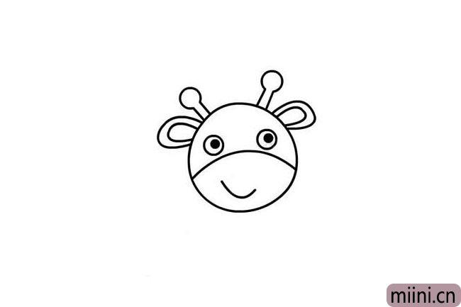 3.在头上方给它画上可爱的鹿角和小耳朵。