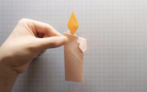 祈福哀悼的蜡烛折纸步骤