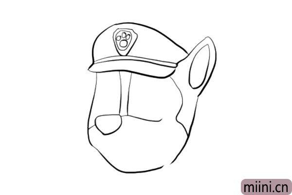 5.画出阿奇的鼻梁和鼻头,划分出眼睛和嘴巴的部分。