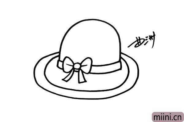 3.接着画出帽檐的部分,帽檐要画大一些,这样才能挡住毒辣的阳光。