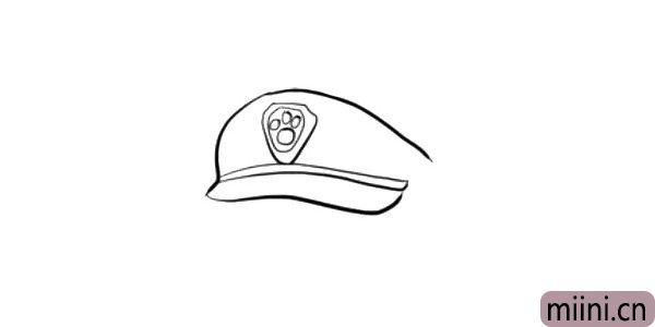 2.接着画帽子上的徽章和帽檐。