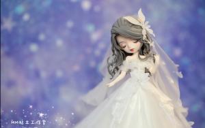 用粘土制作一个穿婚纱的新娘子