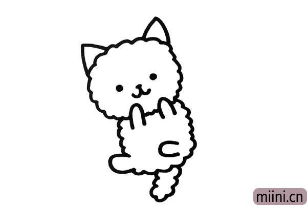 3.接着画出身体、尾巴和小猫的动态,它正躺在地上撒娇呢。