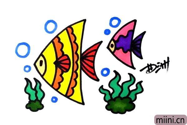 4.用颜色不同的水彩笔或者彩铅来上色。