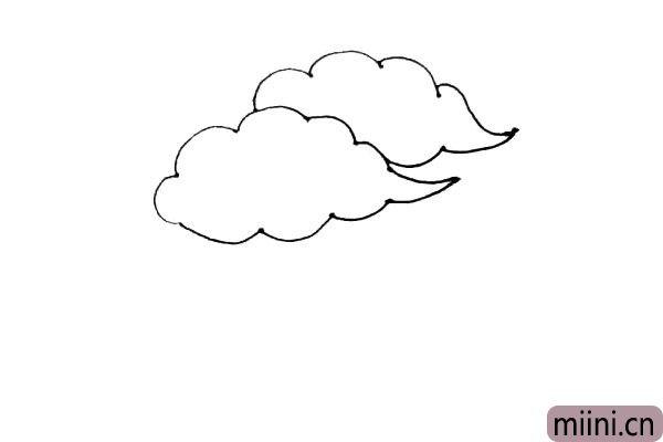 第二步:用同样的方法在后面再画上一朵云。