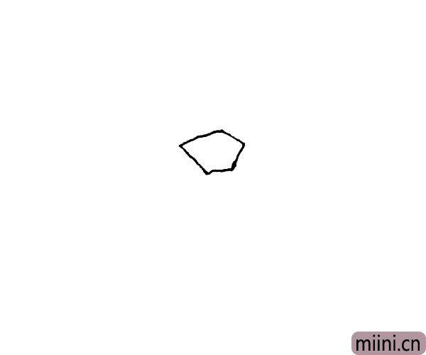 第一步:先画上一个不规则的五边形。