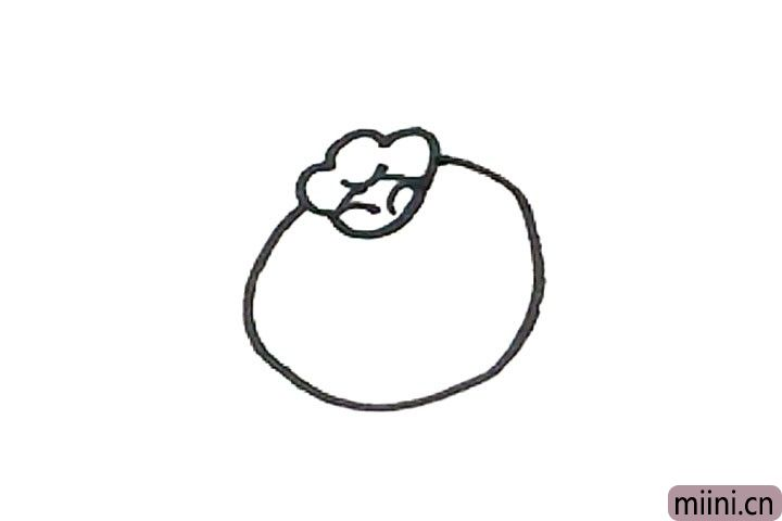 3.外面,画上一个圆形作为蓝莓的外形。