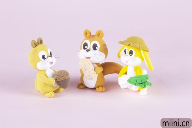 灵活小松鼠的粘土制作步骤教程