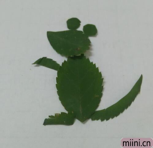 树叶小老鼠01.jpg